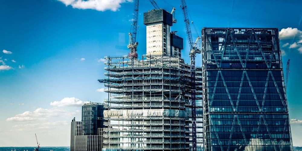 Aktien zu EM-Bauindustrie