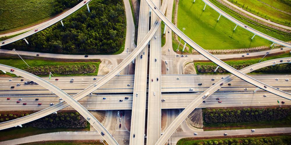 Aktien zu EM-Infrastruktur