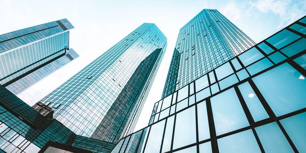Aktien zu EM-Investmentgesellschaft