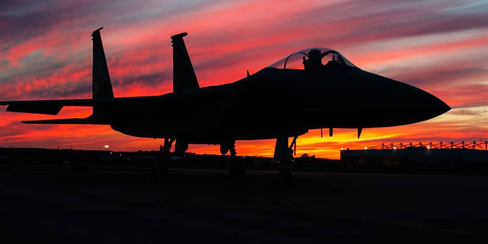 Aktien zu Militärflugzeuge